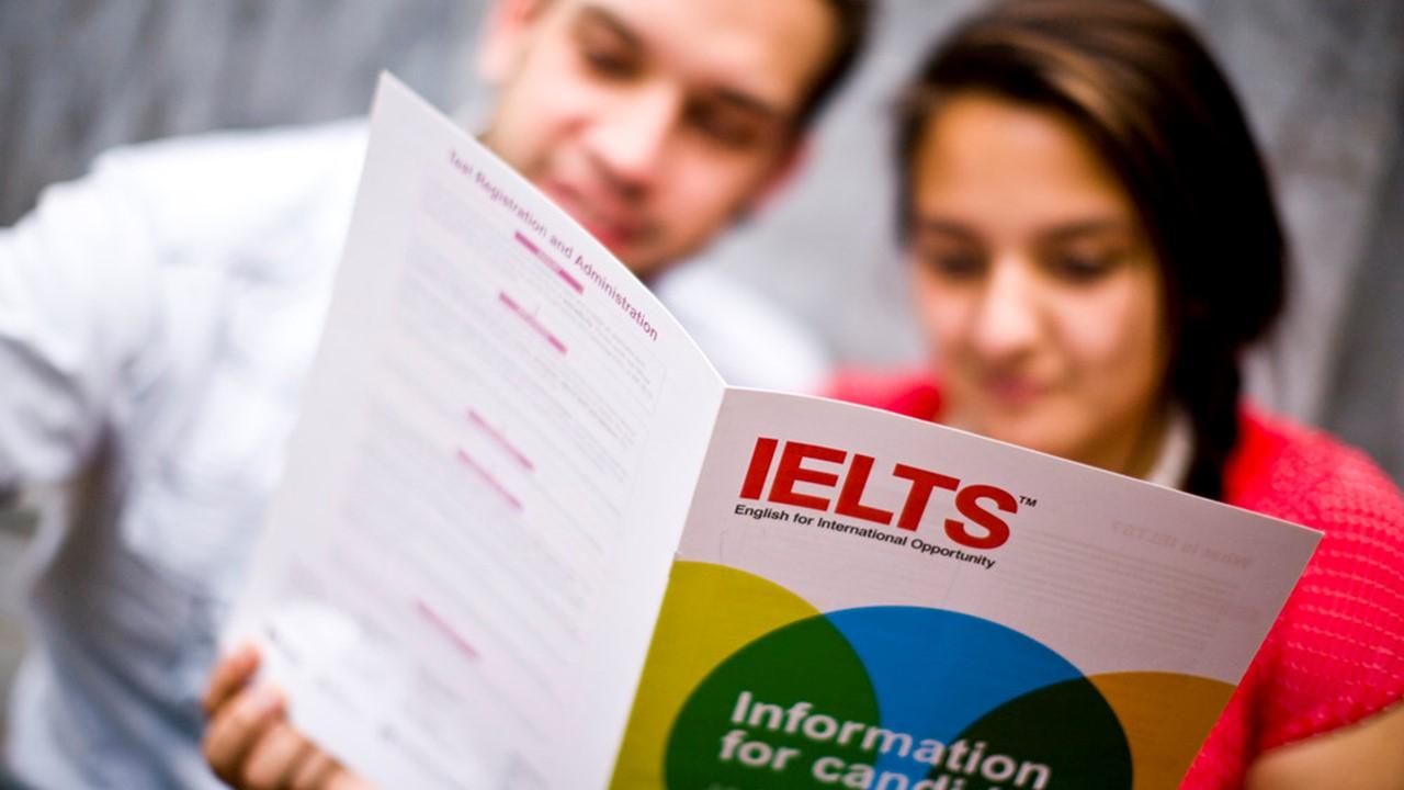 كيف تحصل على درجة 8 في اختبار IELTS